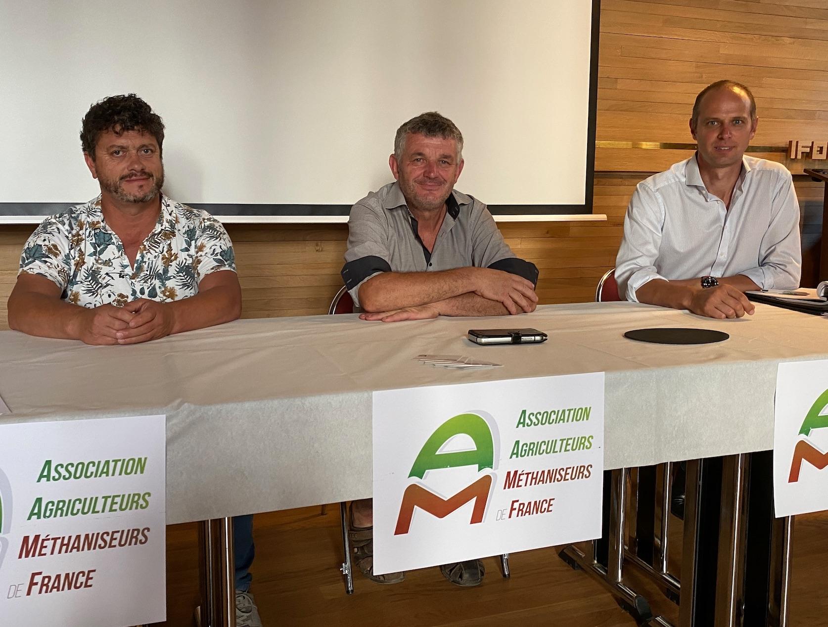 Francis Claudepierre, président de l'AAMF, entouré des vice-présidents Jean-Marc Onno (à gauche) et Mauritz Quaak. (Crédits photo : R. Lecocq)