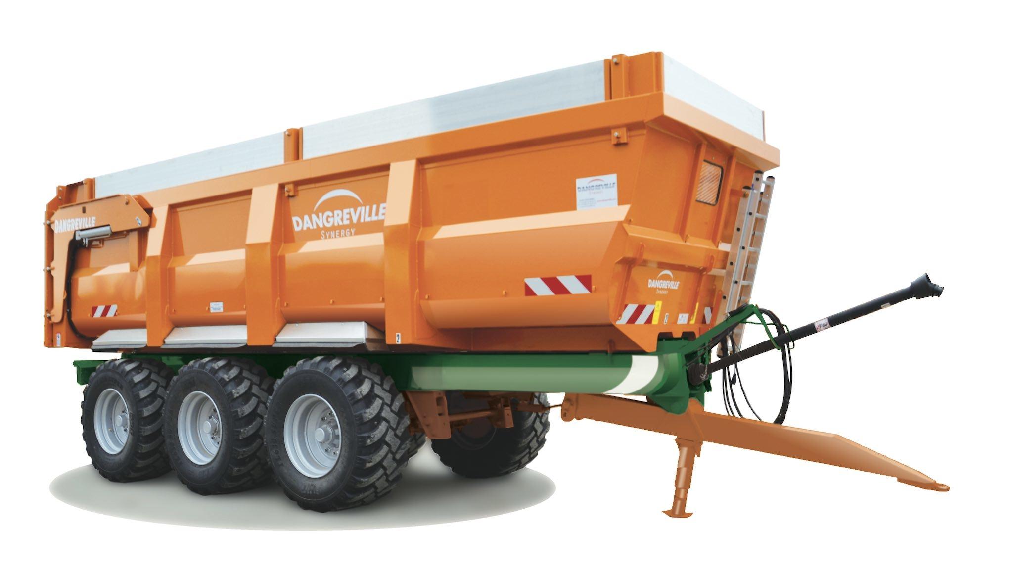 Le châssis monobloc en matériaux composites permet de gagner 2 tonnes sur le poids à vide d'une benne à 3 essieux (Crédit photo : Dangreville)